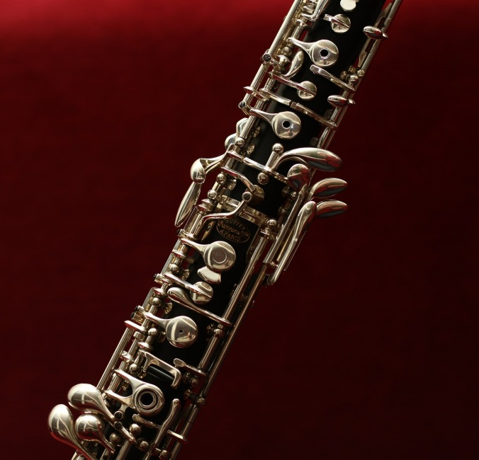Por Benzahodnar. (Disponível em: https://pixabay.com/en/oboe-music-tool-art-433122/)